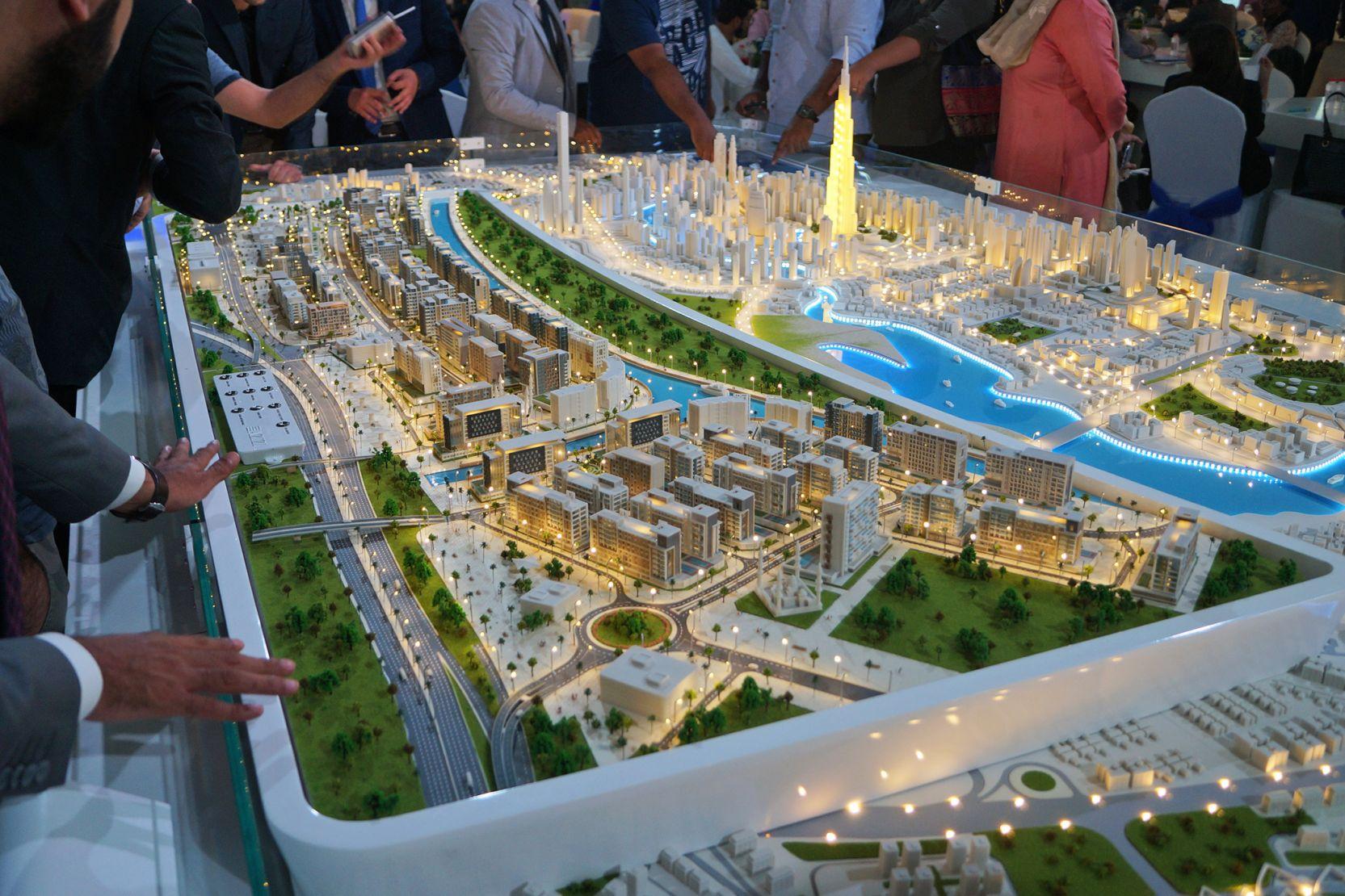 Azizi Riviera, Dubai, developer's masterplan model