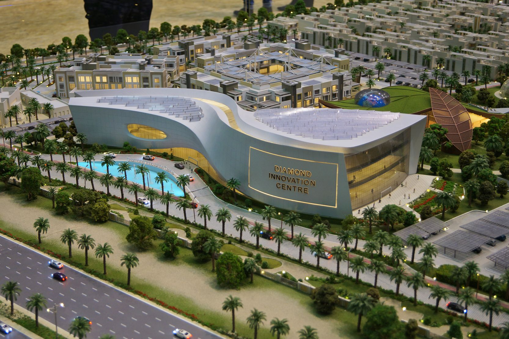 Dubai Sustainable City Innovation Center, Dubai, developer's model