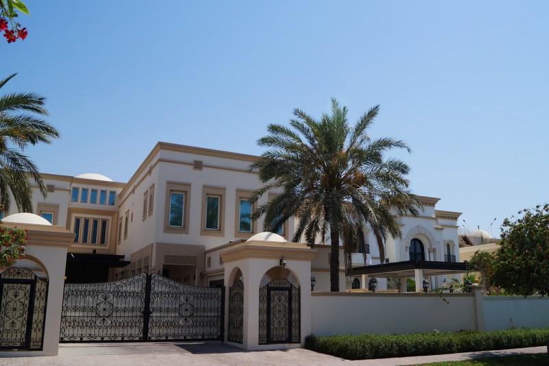 Emirates Hills, Dubai
