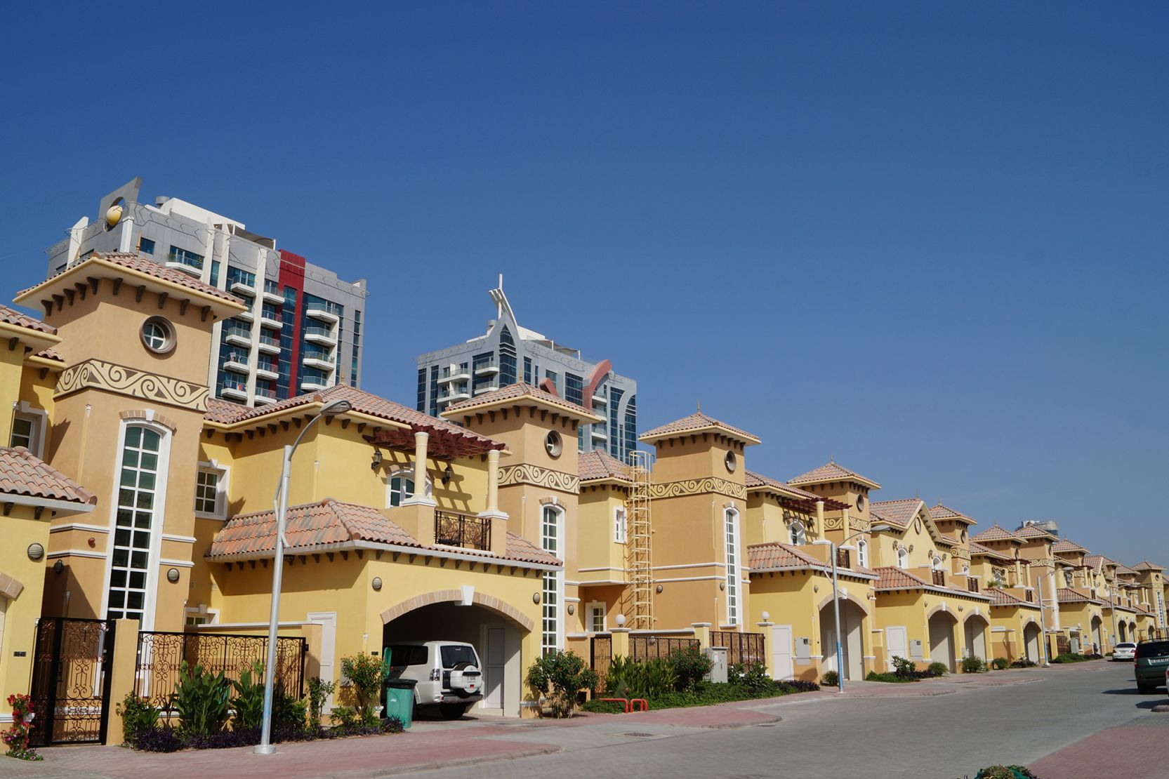 Sports City, Townhouses